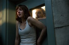 10 Cloverfield Lane photo 6 of 11