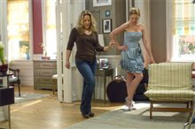 27 Dresses Photo 10 - Large