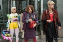 Absolutely Fabulous: The Movie (v.o.a.) Photo 8