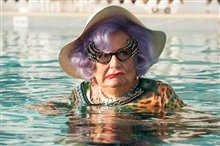 Absolutely Fabulous: The Movie (v.o.a.) Photo 14