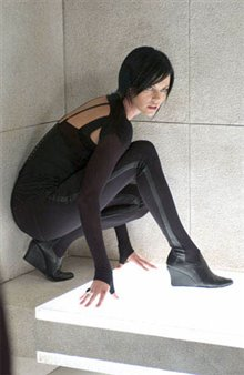 Aeon Flux Photo 23