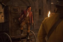Beauty and the Beast Photo 21