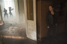 Black Widow (Disney+) Photo 30