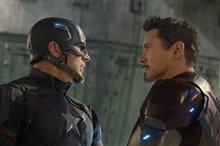 Captain America: Civil War Photo 32