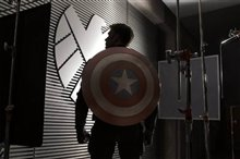 Captain America: The Winter Soldier photo 1 of 36