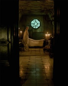 Crimson Peak photo 19 of 28