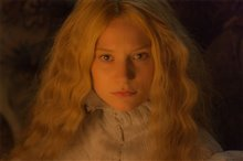 Crimson Peak photo 11 of 28