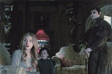 Dark Shadows Photo 11