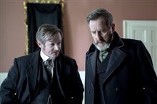 Dead Still (Acorn TV) Photo 15