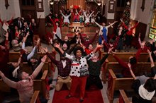 Dolly Parton's Christmas on the Square (Netflix) Photo 3