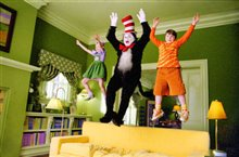 Dr. Seuss' The Cat in the Hat Photo 4