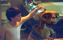 E.T. The Extra-Terrestrial: The 20th Anniversary Photo 3