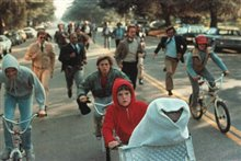 E.T. The Extra-Terrestrial: The 20th Anniversary Photo 5