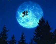 E.T. The Extra-Terrestrial: The 20th Anniversary Photo 7