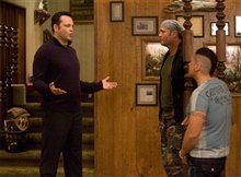 Four Christmases Photo 19