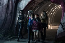 Harley Quinn: Birds of Prey Photo 9