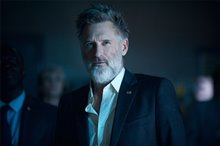 Independence Day: Resurgence Photo 3