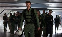 Independence Day: Resurgence Photo 12
