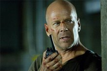 Live Free or Die Hard Photo 2