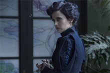 Miss Peregrine's Home for Peculiar Children Photo 2