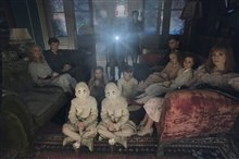 Miss Peregrine's Home for Peculiar Children Photo 10
