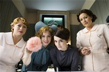 Miss Pettigrew Lives For a Day Photo 5