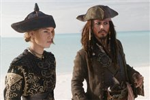 Pirates of the Caribbean: At World's End Photo 4