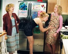 Raising Helen Photo 5 - Large