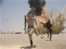 Star Wars: The Force Awakens photo 14 of 51