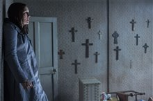 The Conjuring 2 photo 2 of 39
