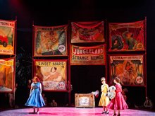 The Metropolitan Opera: Così fan tutte photo 1 of 2