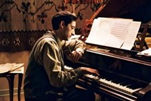 The Pianist Photo 10