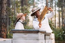 The Secret Life of Bees Photo 5