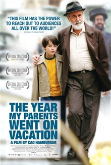 The Year My Parents Went on Vacation Poster Large