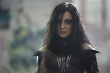 Thor: Ragnarok photo 2 of 28