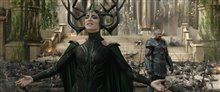 Thor: Ragnarok photo 16 of 28