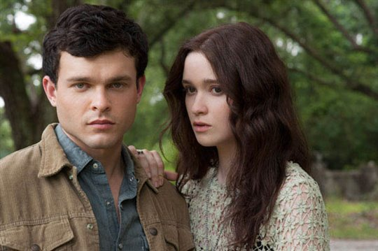 Beautiful Creatures Photo 4 - Large