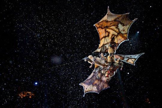 Cirque du Soleil: Worlds Away  Photo 3 - Large