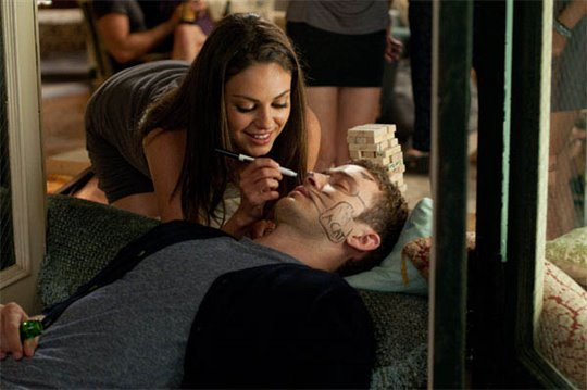 Friends with Benefits Photo 12 - Large