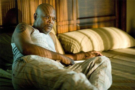 Lakeview Terrace Photo 2 - Large