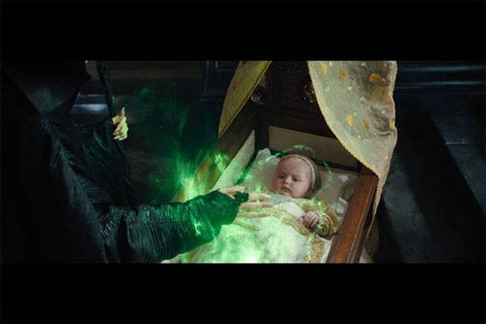 Maleficent Photo 11 - Large