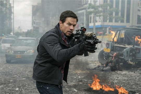 Mile 22 Poster Large