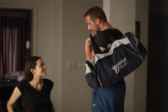 Rust and Bone Photo 9 - Large