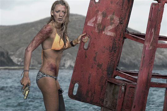 The Shallows Poster Large