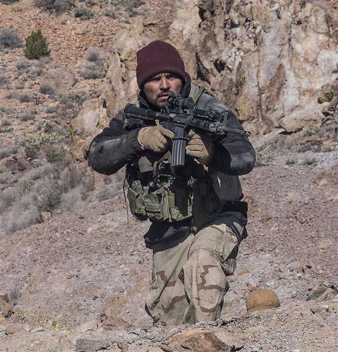 12 Strong Photo 29 - Large