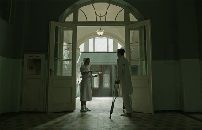 A Cure for Wellness Photo 1 - Large