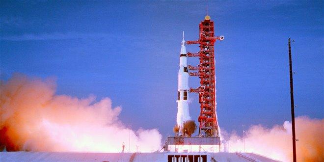 Apollo 11 Photo 2 - Large