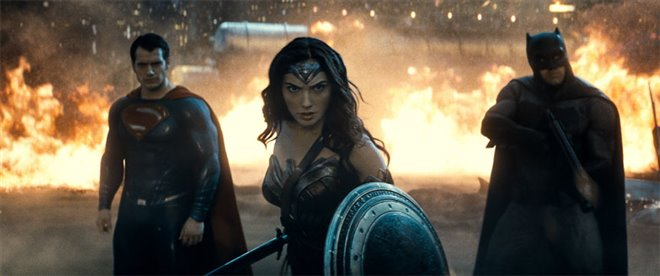 Batman v Superman: Dawn of Justice Photo 12 - Large