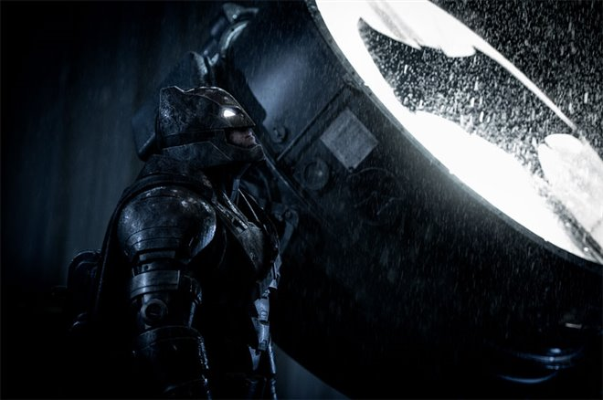 Batman v Superman: Dawn of Justice Photo 30 - Large