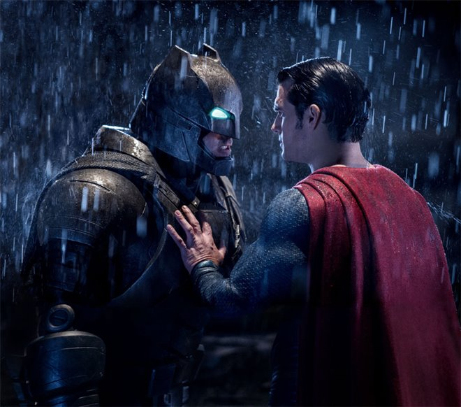 Batman v Superman: Dawn of Justice Photo 34 - Large